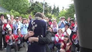 Petició de casament amb un espectacular lipdub!